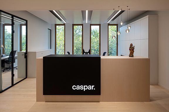 01_caspar-office.jpg